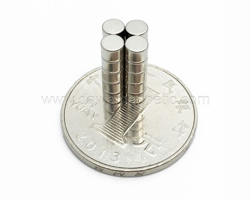 China Manufacturer Large Super Strong High Grade Sintered Rare Earth Permanent Magnet