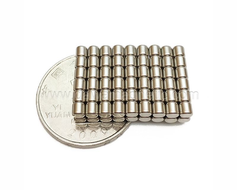 Small Disc N48m Neodymium Magnets